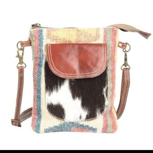 Clea Ray crossbody NWT
